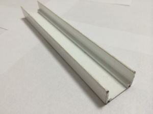 Aluminium Extrusion for South America pictures & photos