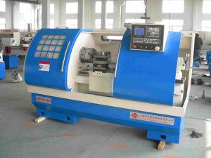 CNC High Precision Metal Lathe Machine Ck6150 pictures & photos