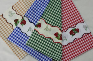 2015 New Printed Plaid Minimat Ployester Fabric for Table Fabric pictures & photos