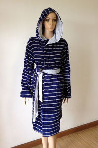 Women′s Bathrobe