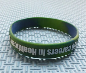 Embossed Printed Logo Silicone Wristband for Promotion pictures & photos