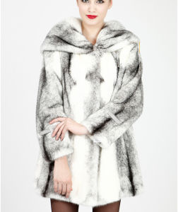 2015 Warm Women′s Luxurious Mink Fur Coat Qy-Jv33