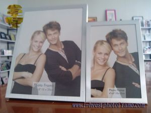 Beautiful and Lovely Aluminum Trim Photo Frame (APM14001)