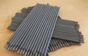 Low Carbon Steel E7016 Welding Electrodes pictures & photos