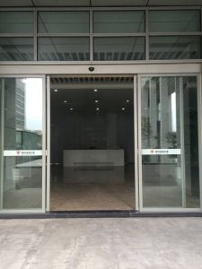 Heavy Duty Automatic Glass Sliding Doors pictures & photos