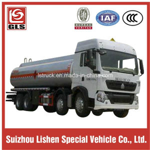 8X4 HOWO Diesel Engine 22000L Oil Fuel Tanker pictures & photos