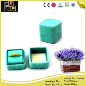 Hot Sale Velvet Jewelry Ring Gift Packaging Box (8034) pictures & photos