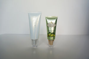 Plastic Tube. Soft Tube. Flexible Tube for Cosmetic Packaging (AM14120227) pictures & photos