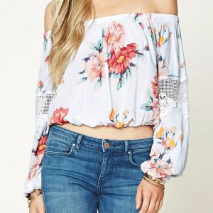 Fashion Flower Crochet Hollow Stitching off Shoulder Blouse pictures & photos