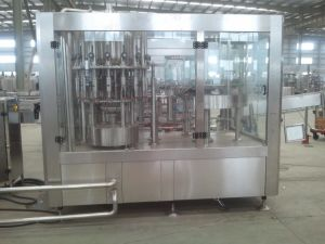 High Quality Water Filling Machine in Glass Bottles pictures & photos