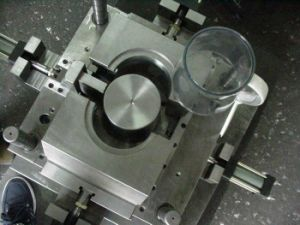 High Precision Plastic Injection Molds pictures & photos