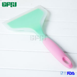 Silicone Cookware Set 3PCS (Pancake Turner+Flower-shaped Slotted Spatula+Ladle) pictures & photos