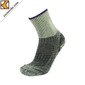 Men′s Winter Sport Merino Wool Hiking Socks (162023SK) pictures & photos