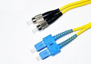 Ce/UL Certificate Sc to FC 10g Multi-Mode Optical Fiber Jumper pictures & photos