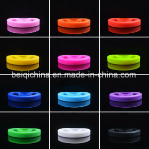 Fashion Colorful Silicone Wristband with Your Style pictures & photos