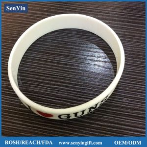 Colorful Custom Embossed Silicone Bracelets & Wristbands pictures & photos