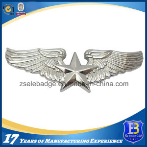 Customized Silver Wing Metal Pin Badge (Ele-P018) pictures & photos