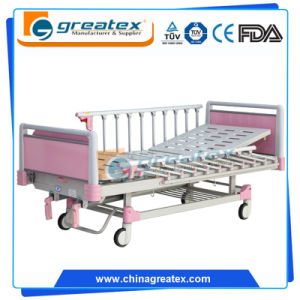 Pink 2-Crank Bed with Central-Controlled Braking System pictures & photos