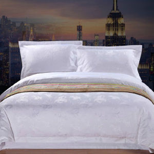 Hotel Textile 300 Thread Count Jacquard Cotton White Bedding Set pictures & photos