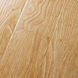 German Technology 12mm Deep Embossed Laminate Flooring pictures & photos