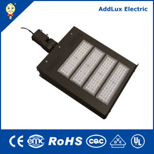 IP65 110-277V 347V-480V 200W 240W LED Flood Light for Parkinglot pictures & photos