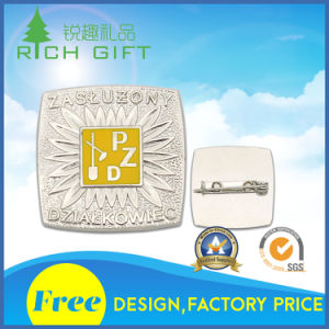 Supplies Soft Enamel Badge with Butterfly Clutch on Back in Cheap Price pictures & photos