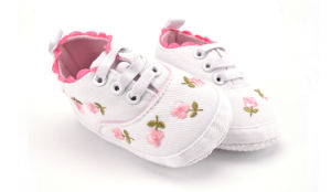 Hot Wholesale Soft Soles Antiskid Baby Shoes Indoor Toddler Baby Footwear pictures & photos