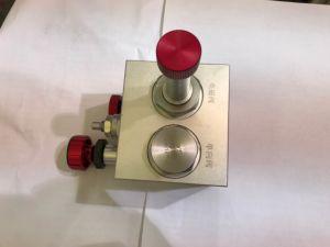 Surface Oxidized Lift Valve Block pictures & photos