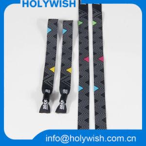 Promotional Bracelets Custom Logo Plastic Lock Wristband pictures & photos