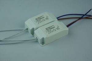 12V 24V15W Plastic IP20 Indoor LED Power Supply LED Driver pictures & photos