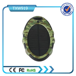 Hot New Product Portable Solar Power Bank 5000mAh for Cell Phone pictures & photos