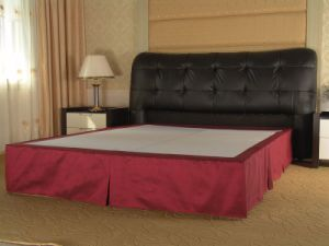 Hotel Bedding, Bed Skirt (SDF-B018) pictures & photos