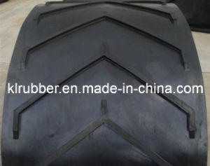 Corrugated Cleated Sidewall Rubber Conveyor Belt with Cleat pictures & photos