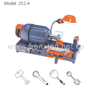 Key Cutting Machine (202-A) pictures & photos
