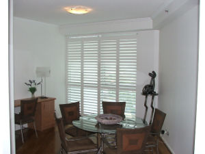 Plantation Window Wood Shutter Wooden Shutters pictures & photos