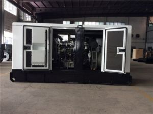 560kVA 450kw Standby Rating Power Silent Cummins Diesel Generator pictures & photos