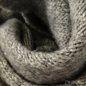 Brush Yarn with Elasticity and Soft Handfeel pictures & photos