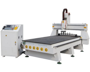 High Efficiency Auto Tool Changing Woodworking CNC Machine pictures & photos