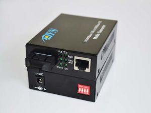 100m Fiber Optic Media Converter pictures & photos