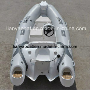 Liya 4people PVC Inflatable Rubber Boat Motor Boat for Sale pictures & photos
