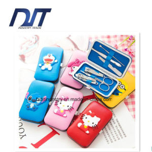 6PCS Nail Care Gift Set/ Cutter Cuticle Clipper pictures & photos