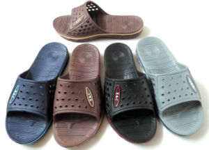 Hot Sell Men EVA Flip Flops Slipper Beach Slipper (XC-1317) pictures & photos