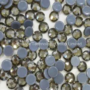 Ss30 Crystal Hotfix Rhinestones Supplier 6.5mm Machine Cut Stones pictures & photos