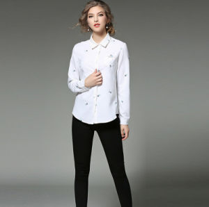 Fashion Spring Collar Embroidery Long Sleeves White Lady′s Shirt with Buttons pictures & photos