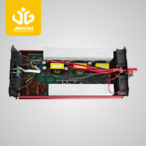off Grid (500W to 6000W) 12V/24V/48V 110V/220V DC to AC Inverter pictures & photos
