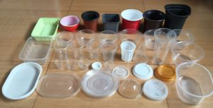 Hydraulic Thermoforming Disposable Plastic Food Container Cup Making Forming Machine pictures & photos