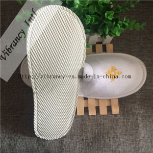 Custom Hotel Slippers with Embroidery Disposable Hotel Slipper pictures & photos