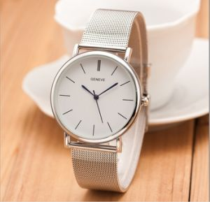 Unisex Wristwatch Fashion Metal Net Band pictures & photos