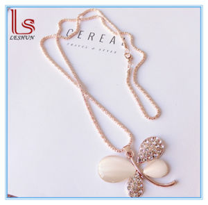 Fashion Accessories Sweater Chain Female Accessories Flower / Swan / Butterfly Gem Necklace pictures & photos