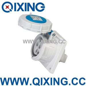 230V High Quality Power 3pin 32 AMPS Industrial Socket (QX218) pictures & photos